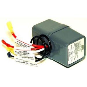 VIAIR VIAIR-90113 Pressure Switch with Relay (90 PSI On / 125 PSI Off)