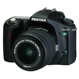 Pentax *ist DS 6.1MP Digital Camera with Pentax DA 18-55mm f/3.5-5.6 AL Digital SLR Lens