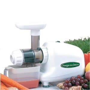 Omega 8003 Juicer (Color: White) Plus Organic Wheatgrass Growing Kit: Combo Includes Omega Juice Machine & Wheat Grass Grow Kit - Kit Includes Trays, Seeds, Soil, Instructions & More.