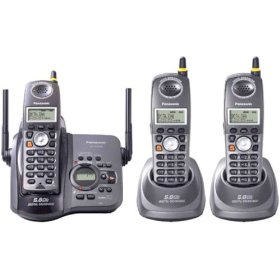 Panasonic 5.8GHz Cordless Telephone- 3 Handsets