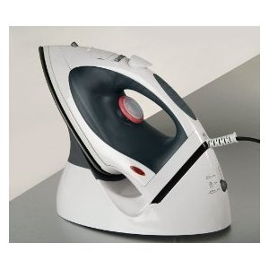 Cord/Cordless Steam Iron