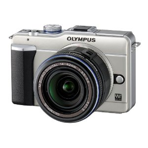 Olympus PEN E-PL1 12.3MP Live MOS Micro Four Thirds Interchangeable Lens Digital Camera with 14-42mm f/3.5-5.6 Zuiko Digital Zoom Lens (Champagne Gold)