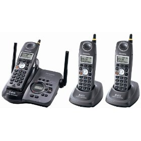 Panasonic KX-TG5653B 5.8 GHz FHSS GigaRange  Digital Cordless Answering System with Three Handsets