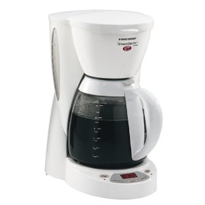 Black& Decker DCM2500W SmartBrew 12-Cup Coffeemaker, White