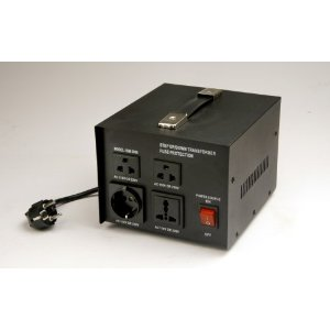 SIM 3000 - STEP UP/DOWN TRANSFORMER 3000 WATTS 110V TO 240V WITH MULTIPLE OUTLETS