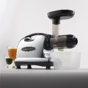 Omega 8226 Nutrition Center Single Gear Masticating Juicer - (220Volt Version of Omega 8006)