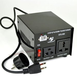 Goldsource� STU-200 Step Up and Down Voltage Converter Transformer - AC 110/220 V - 200 Watt with 5 Volt USB output