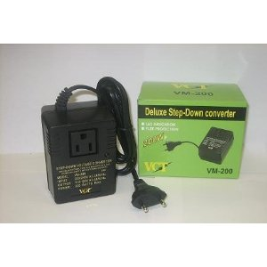 VM 200 - DELUXE 200 WATTS STEP DOWN TRAVEL CONVERTER FOR 220/240V WORLDWIDE USE WITH LIGHT PORTABLE EQUIPMENT.