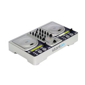 Stanton CM.205 2-Channel DJ CD Mixer with MP3 Capabilities