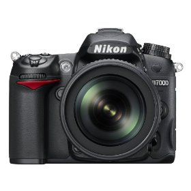 Nikon D7000 Digital SLR Kit w/18-105mm f/3.5-5.6 DX VR Nikkor Lens