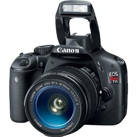 Canon Rebel T2I 18MP DSLR 18-55IS/70-300IS KIT